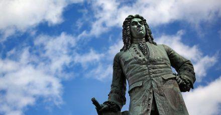 Das Denkmal von Georg Friedrich Händel in Halle.