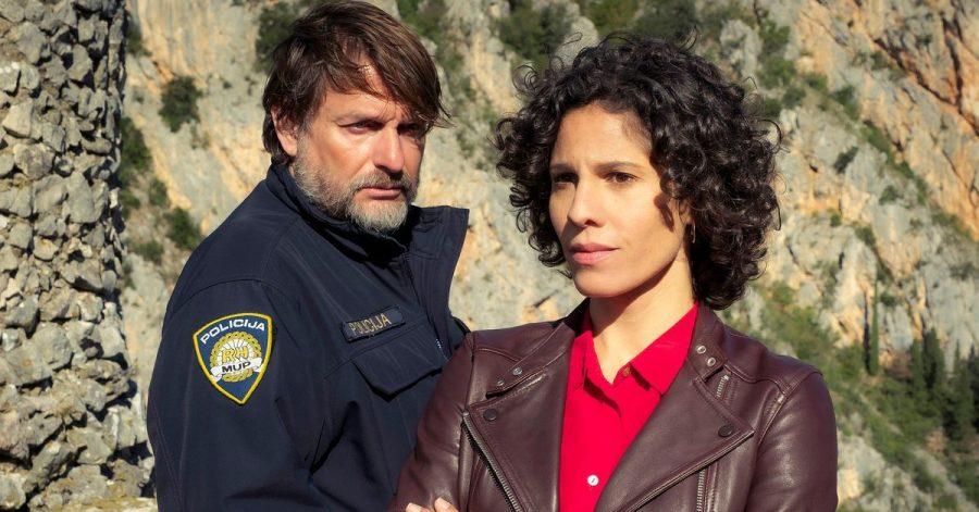 Kommissarin Stascha Novak (Jasmin Gerat) bekommt Unterstützung von Polizeichef Vida (Peter Trabner).
