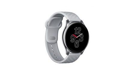 Mit einem Durchmesser von 46 Millimeter ist die Oneplus Watch zwar relativ groß, wirkt mit ihrem knapp elf Millimeter dicken Edelstahlgehäuse aber nicht klobig.