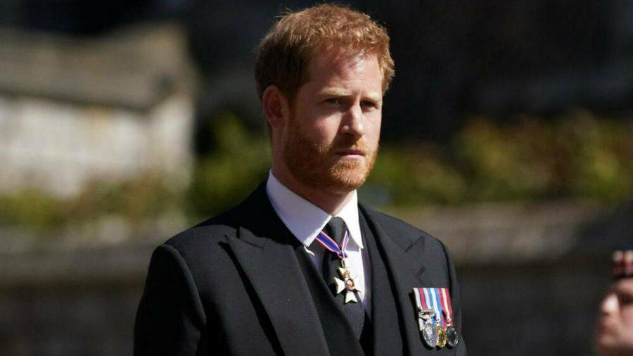 Prinz Harry auf der Beerdigung seines Großvaters Prinz Philip. (mia/spot)