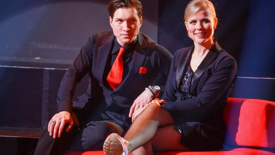 """Ilse DeLange pausierte mit ihrem Tanzpartner Evgeny Vinokurov am vergangenen Freitag in der """"Let's Dance""""-Ausgabe. (jom/spot)"""