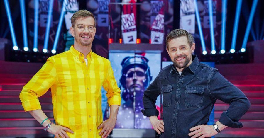 «Das ist das Dümmste, was du jemals gemacht hast», kommentierte Entertainer Klaas Heufer-Umlauf (rechts) die Aktion seines Show-Partners Joko Winterscheidt.