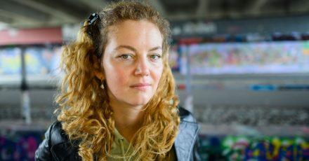 Lisa Krusche, Schriftstellerin, aufgenommen am Rande eines Interviews der Deutschen Presse-Agentur.