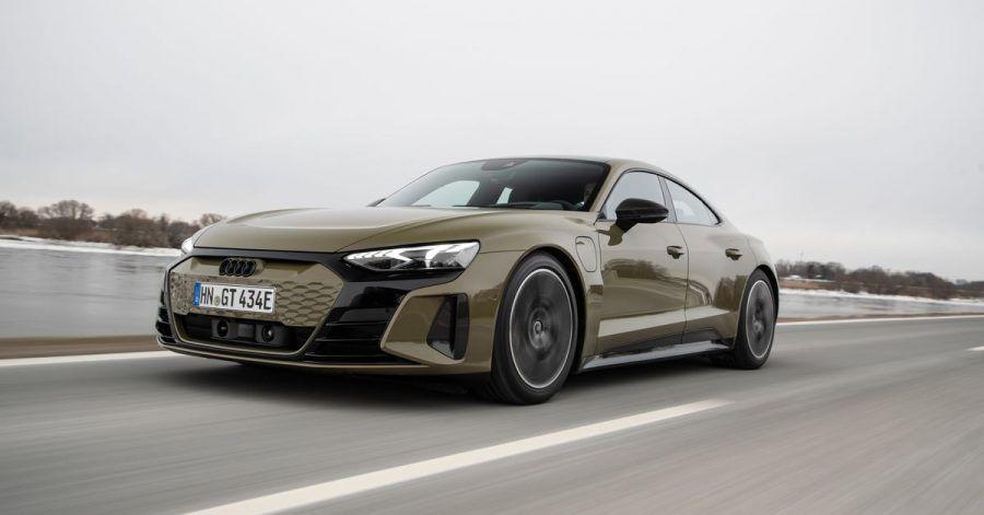 Sortlicher Stromer für die Langstrecke: Mit 245 km/h Spitzengeschwindigkeit und ausreichend Komfort eignet sich der Audi E-Tron GT für schnelles Reisen.