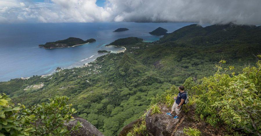 Hoch hinaus:Von den Bergen aus bekommen Seychellen-Urlauber einen neuen Eindruck von der Inselwelt.