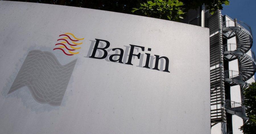 Die Finanzaufsicht Bafin hält derzeit rund 40 der mehr als 130 Pensionskassen und rund 20 von 80 Lebensversicherern unter verschärfter Beobachtung.