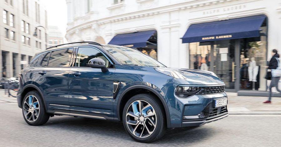 Für 500 Euro im Monat lässt sich der Lynk & Co 01 im Abo fahren. Steuer, Versicherung, Wartung und Reifenwechsel sind inklusive - nur das Benzin muss man noch extra bezahlen.