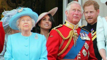 Queen Elizabeth II., Herzogin Meghan, Prinz Charles und Prinz Harry auf dem Balkon des Buckingham Palasts 2019. (jom/spot)