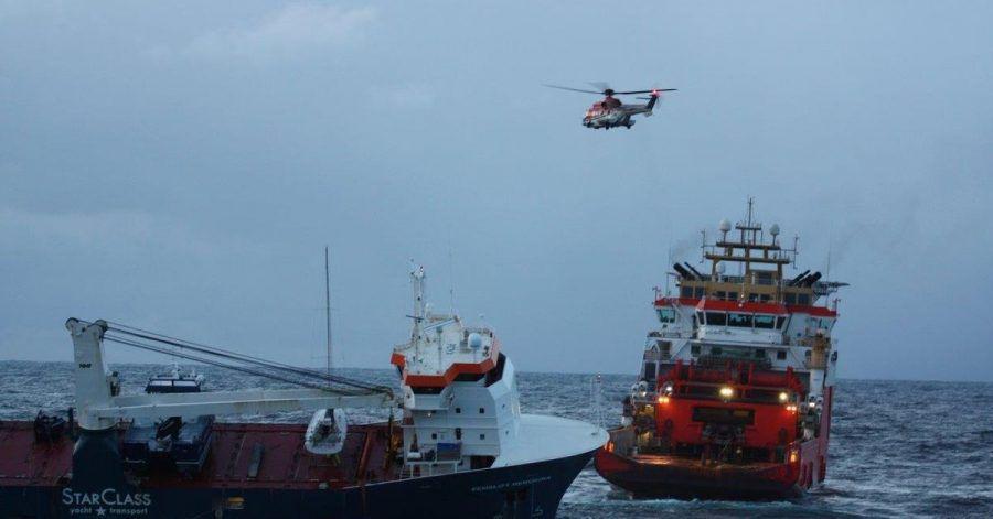 Das niederländische Frachtschiff «Eemslift Hendrika» treibt ohne Besatzung vor Norwegen. Das Schiff hat rund 350 Tonnen Schweröl und 50 Tonnen Diesel an Bord.