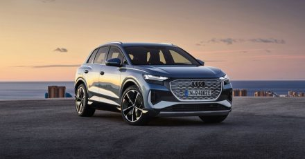 Der Q4 E-Tron ist ab 41 900 Euro preislich weit unter dem ersten vollelektrischen Audi E-Tron (ab rund 69 000 Euro) angesiedelt.