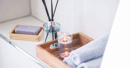 Vielen geht es um das Wohlbefinden in den eigenen vier Wänden. Andere erhoffen sich von den ätherischen Ölen noch mehr, etwa Entspannung.