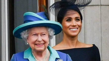 Queen Elizabeth II. und Herzogin Meghan bei einem gemeinsamen Termin im Sommer 2018 (ili/spot)
