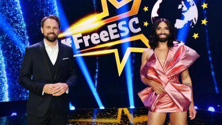 """Steven Gätjen moderiert auch den zweiten """"Free ESC"""" auf ProSieben an der Seite von Conchita Wurst (eee/spot)"""