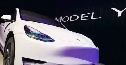 Laut einem US-Verbrauchermagazin gibt der «Autopilot» des Model Y von Tesla keine Warnung ab, wenn der Fahrersitz leer bleibt. Ein solches Szenario würde auf der Straße eine «extreme Gefahr» darstellen.