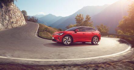 Stromschnelle: Bis zu 180 km/h bekommt der ID4 GTX Auslauf, die anderen E-Autos der ID-Reihe regelt VW bereits bei 160 km/h ab.