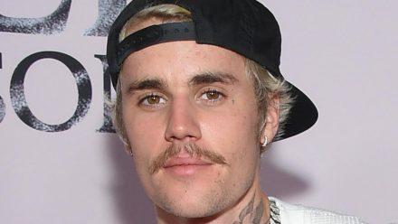 Justin Bieber hat die Sommer-Tour wegen Corona auf das Jahr 2022 verschoben. (dr/spot)
