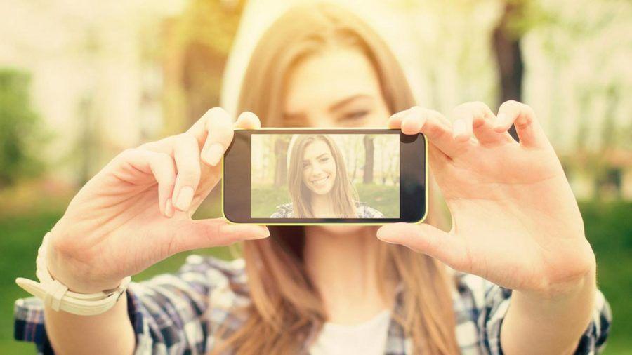 Die richtige App macht aus einem gelungenen Selfie einen noch größeren Hingucker. (elm/spot)