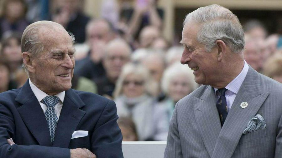 Prinz Philip und Prinz Charles bei einem gemeinsamen Auftritt 2016 (hub/spot)