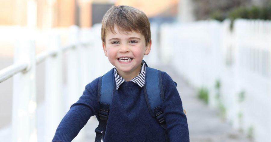 Prinz Louis auf seinem Laufrad, aufgenommen von seiner Mutter, Herzogin Kate.