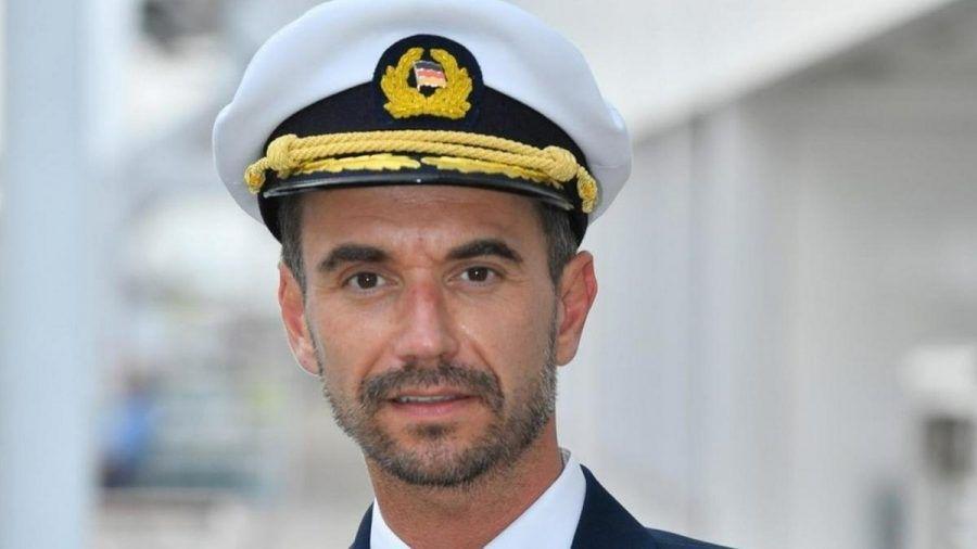 "Florian Silbereisen spielt den ""Traumschiff""-Kapitän Max Parger. (eee/spot)"