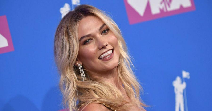 Topmodel Karlie Kloss hat mehr über ihr im März geborenes Baby verraten.