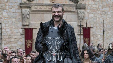 """Pilou Asbæk lernten die """"Game of Thrones""""-Fans als Euron Graufreud kennen. (stk/spot)"""