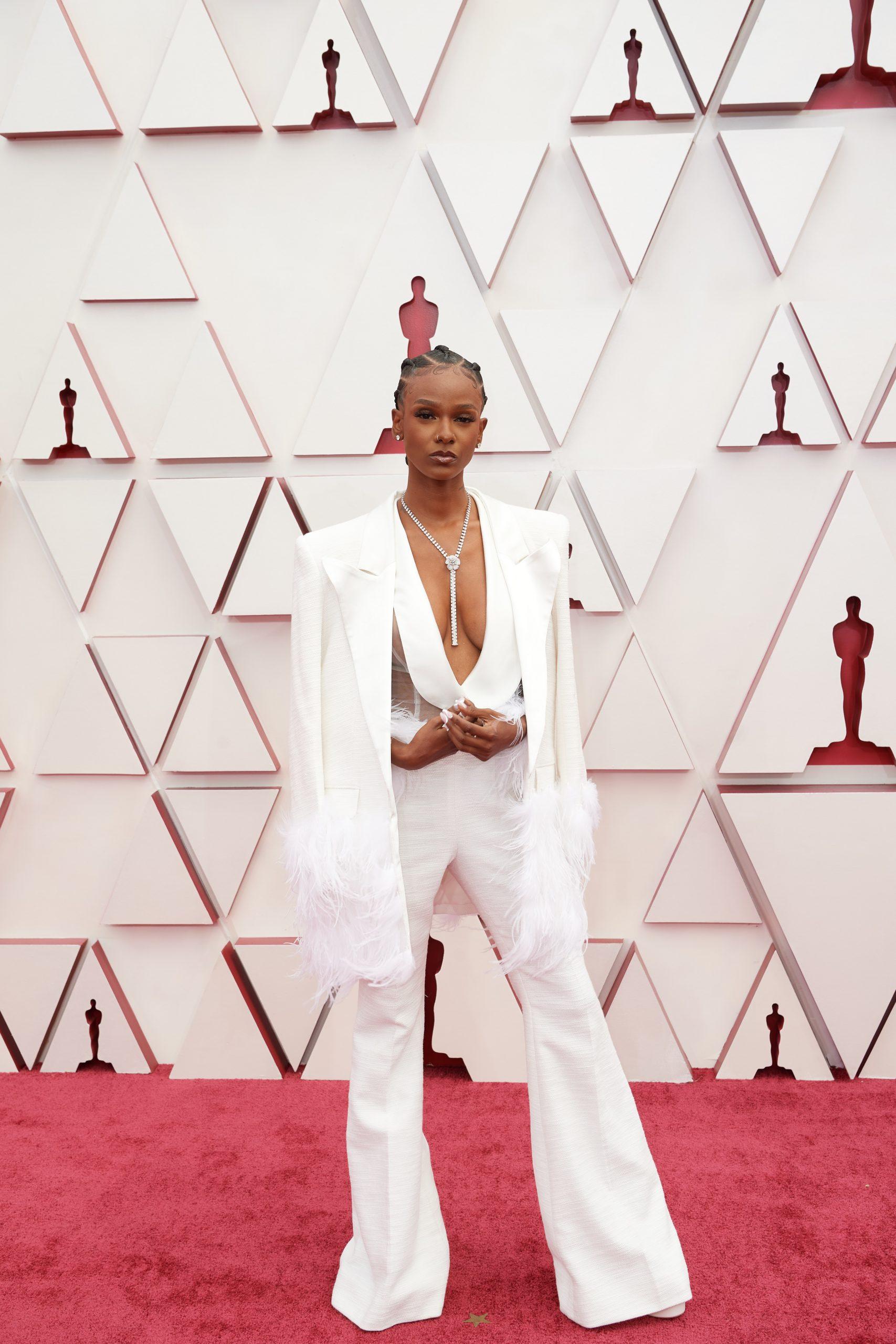 Wieder Glamour: Die Oscar-Outfits in Tops und Flops