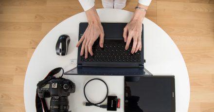 Bei Stockfotos kann es sinnvoll sein, Raum für eventuelle Überschriften zu lassen, sie sollten nicht überladen wirken.