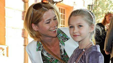 Tanja Szewczenko und Tochter Jona 2019 bei einer Hoteleröffnung. (jom/spot)