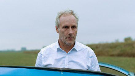 """""""Gefangen"""": In der Welt von Polizist Harry Österreich (Wolfram Koch) wird nichts mehr so sein wie vorher. (cg/spot)"""