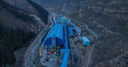 21 Bergleute sind noch in der Kohlemiene eingeschlossen.