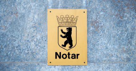 Wer einen Notar beauftragt, muss für die Dienste Gebühren bezahlen - oft auch, wenn das Verfahren abgebrochen wird.