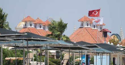 Die Bundesregierung hat die Türkei nun als Hochinzidenzgebiet eingestuft. Ab dem 11. April gelten daher bei der Einreise nach Deutschland verschärfte Regeln.