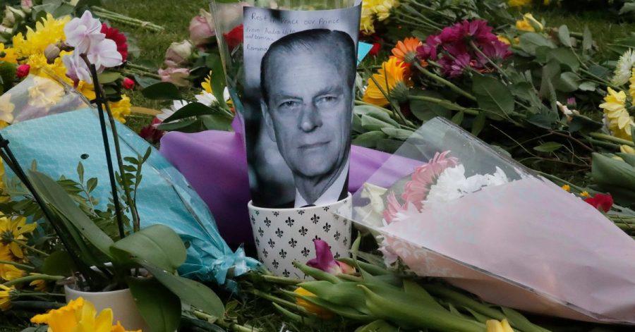 Blumen für Prinz Philip in Windsor: Die Vorbereitungen für seine Trauerfeier im Kreis der Familie laufen.