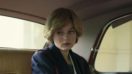 """Emma Corrin in """"The Crown"""" (wue/spot)"""