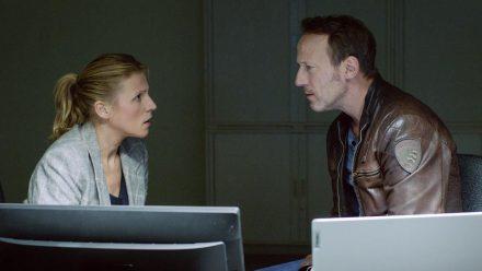 """Tatort: Macht der Familie"": Grosz (Franziska Weisz) und Falke (Wotan Wilke Möhring) durschauen langsam die Zusammenhänge (cg/spot)"