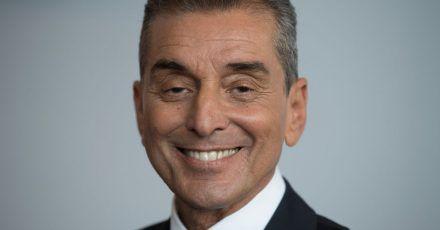 Der Moderator Michel Friedman bekommt soviel Sendezeit, wie er und seine Gäste brauchen.