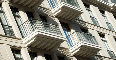Eigentümer können bei vorübergehenden finanziellen Engpässen eine Unterstützung bekommen - den Lastenzuschuss.
