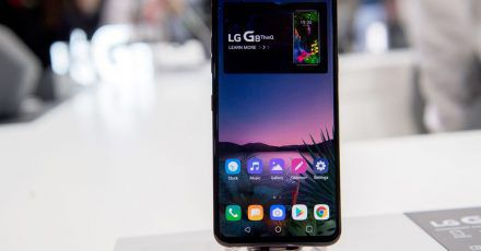 LG will bis drei Jahre nach Kauf für Android-Updates sorgen. Die Regel gilt für Telefone, die seit 2019 und später auf den Markt gekommen sind, also die G-Serie (im Bild G8 ThinQ), V-Serie und das LG Velvet.