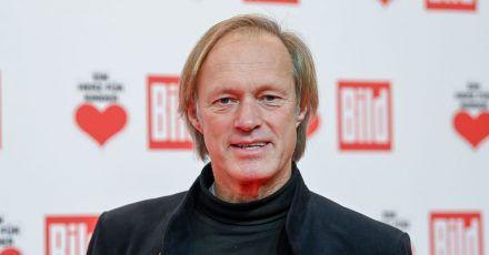 Gerhard Delling ist unter die Romanautoren gegangen.