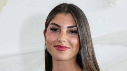 """Die schwangere Influencerin und Ex-""""Bachelor""""-Kandidatin Yeliz Koc arbeitet fleißig an ihren Zukunftsplänen. (ili/spot)"""