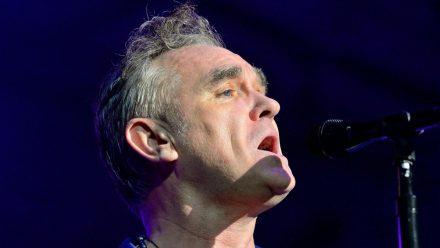 Morrissey bei einem Auftritt in Barcelona (hub/spot)
