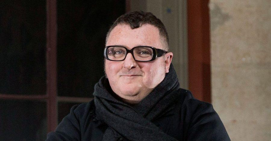 Alber Elbaz' Vision war Mode, die mit Technologie Hand in Hand geht.