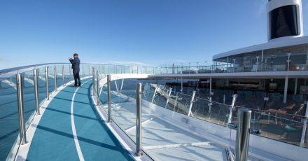 Mehr Platz an Bord: InCorona-Zeiten finden Kreuzfahrten mit begrenzter Passagierzahl statt - und verpflichtenden Corona-Tests.