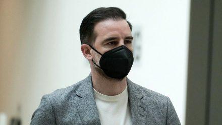 """Christoph Metzelder: """"Ein moralisches Vorbild vor Gericht"""""""
