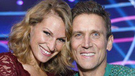 Janni Hönscheid und Peer Kusmagk bei einem gemeinsamen TV-Auftritt (hub/spot)
