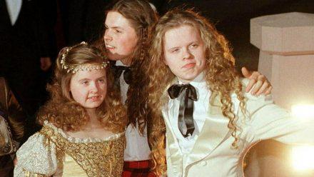 Barby, Paddy und Angelo 1998 (v.r.n.l.) auf dem roten Teppich. (mia/spot)