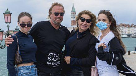 Video mit Carmen Geiss: Impfen in Monaco ohne Probleme