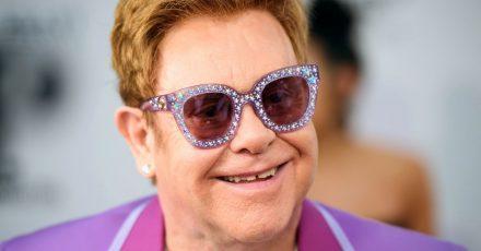 Elton John feierte die Oscars im Internet.