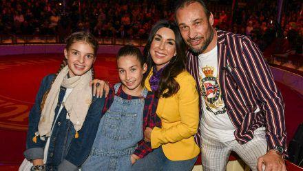 Judith Williams mit ihrem Ehemann Alexander-Klaus Stecher und den Kindern Sophia (li.) und Angelina (rto/spot)